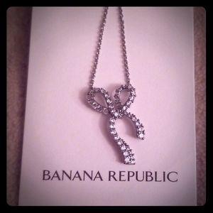 Banana Republic CZ bow pendant necklace